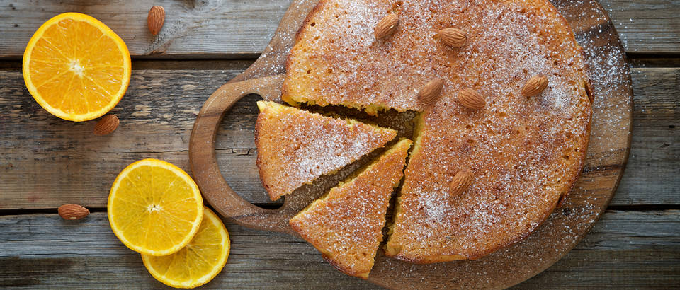 Jednostavni kolač od naranče